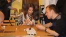 Варшавська молодь пише писанки 2011.04.03